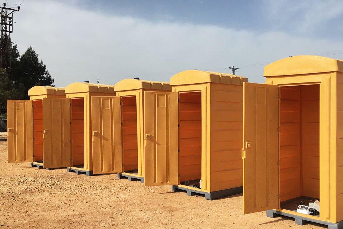 Πλαστικές φορητές τουαλέτες