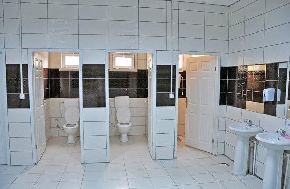 Προκατασκευασμένο WC & Ντους